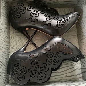 AMQ Black Open-toe Laser-cut High Heel boots!